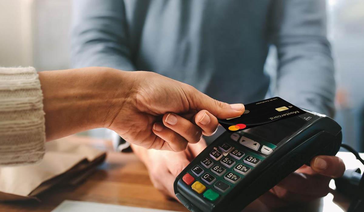 MasterCard anunció que sus tarjetas de crédito y débito dejarán de tener banda magnética, para dar paso a las tarjetas del futuro con el uso de tecnología para el reconocimiento biométrico